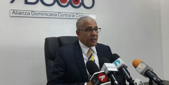 ADOCCO reclama se investiguen irregularidades aeropuerto de Bávaro